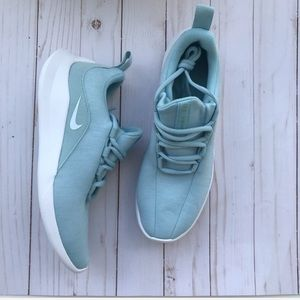 Nike Viale Sneakers Ocean Baby Blue NWT NIB